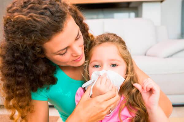Алоэ применяют для лечения насморка у детей