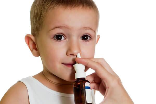 Препарат Тизин можно применять детям старше 2 лет