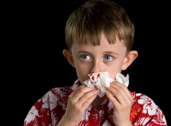 Частые кровотечения из носа требуют немедленного медицинского осмотра