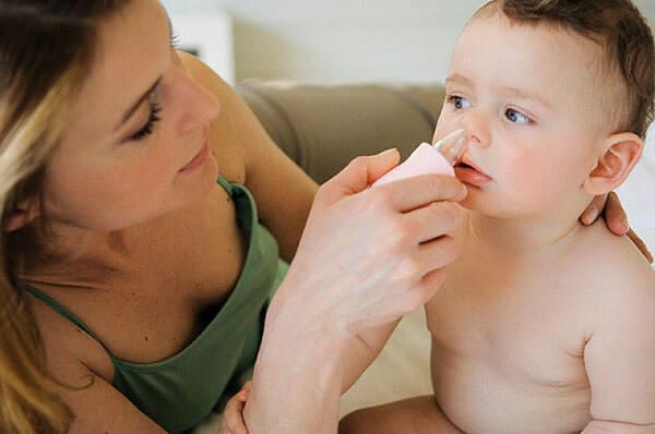 Своевременное удаление слизи и регулярная чистка носа помогут избежать проблем с насморком