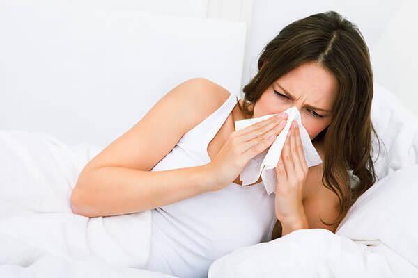 Вирусная инфекция - причина острого ринита у беременных