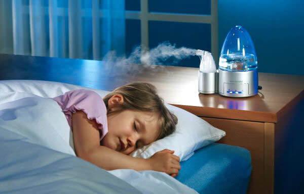 Проветривание комнаты ребенка и сохранение влажности воздуха