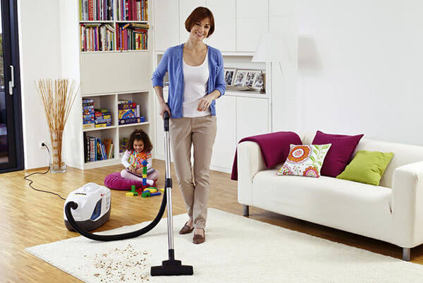 Влажная уборка помещения - обязательное условие успешного лечения насморка