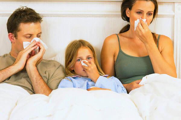 Причиной развития ринита может стать вирус