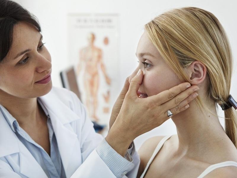 Консультация у врача для лечения сунсита