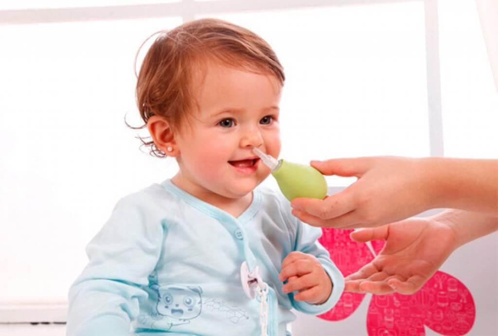 Промывание носика ребенку